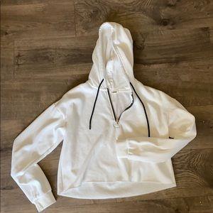 Garage whit cropped sweatshirt